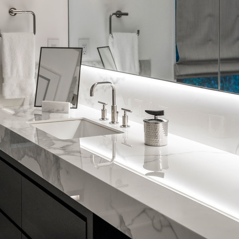 Neolith-Bathroom-Gallery-Estatuario-2019-08