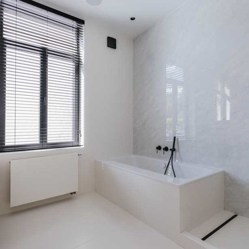 Neolith-Bathroom-Gallery-Carrara-2019-14