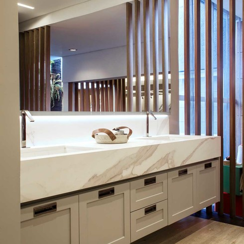 Neolith-Bathroom-Gallery-Estatuario-2019-00